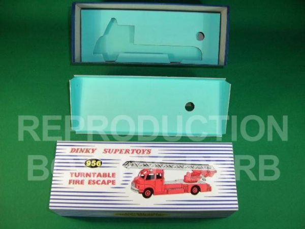 Dinky #956 Turntable Fire Escape (Bedford) - Reproduction Box